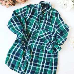 Atmosphere Green and Blue Plaid Flannel Button Dow